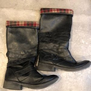 Rocketdog plaid /black boots